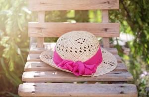 hat-825456_640