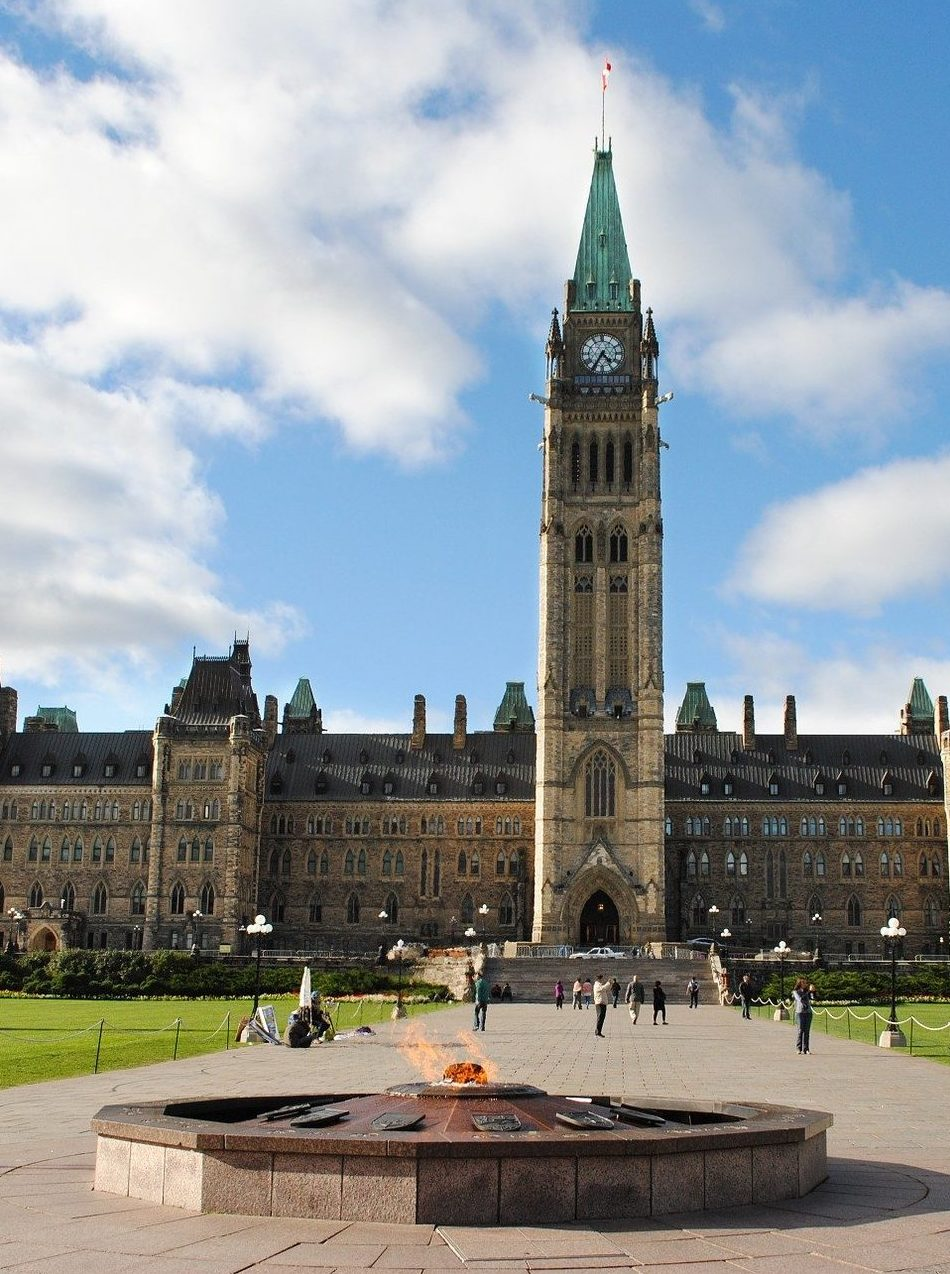 Permanently include counsellors and psychotherapists in the Public Service Health Care Plan